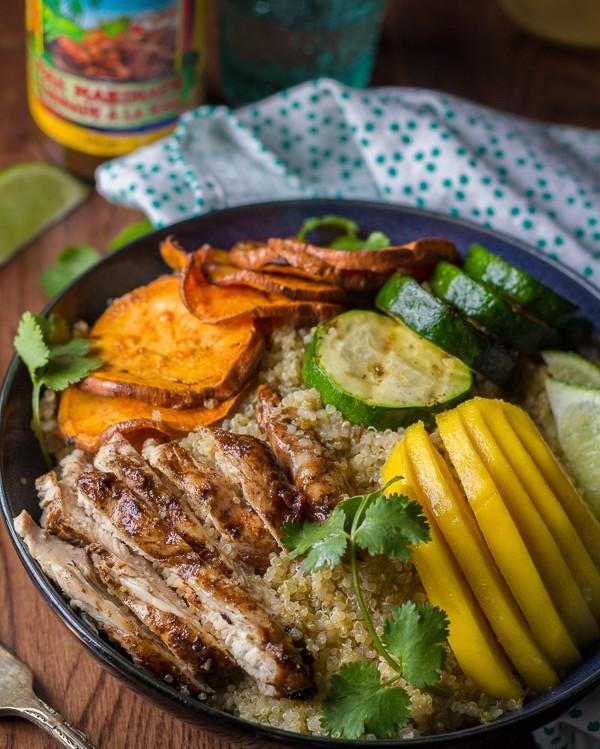 Jerk Chicken Veggies Mango Bowl